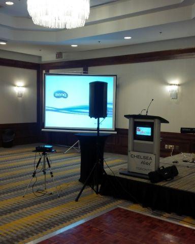 Projector and screen rentals